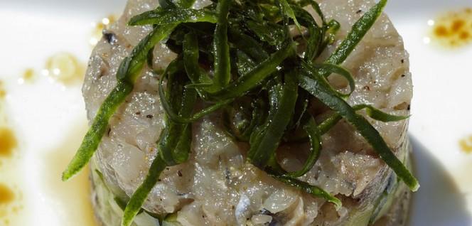 tartare-di-sgombro-con-salsa-di-finocchietto
